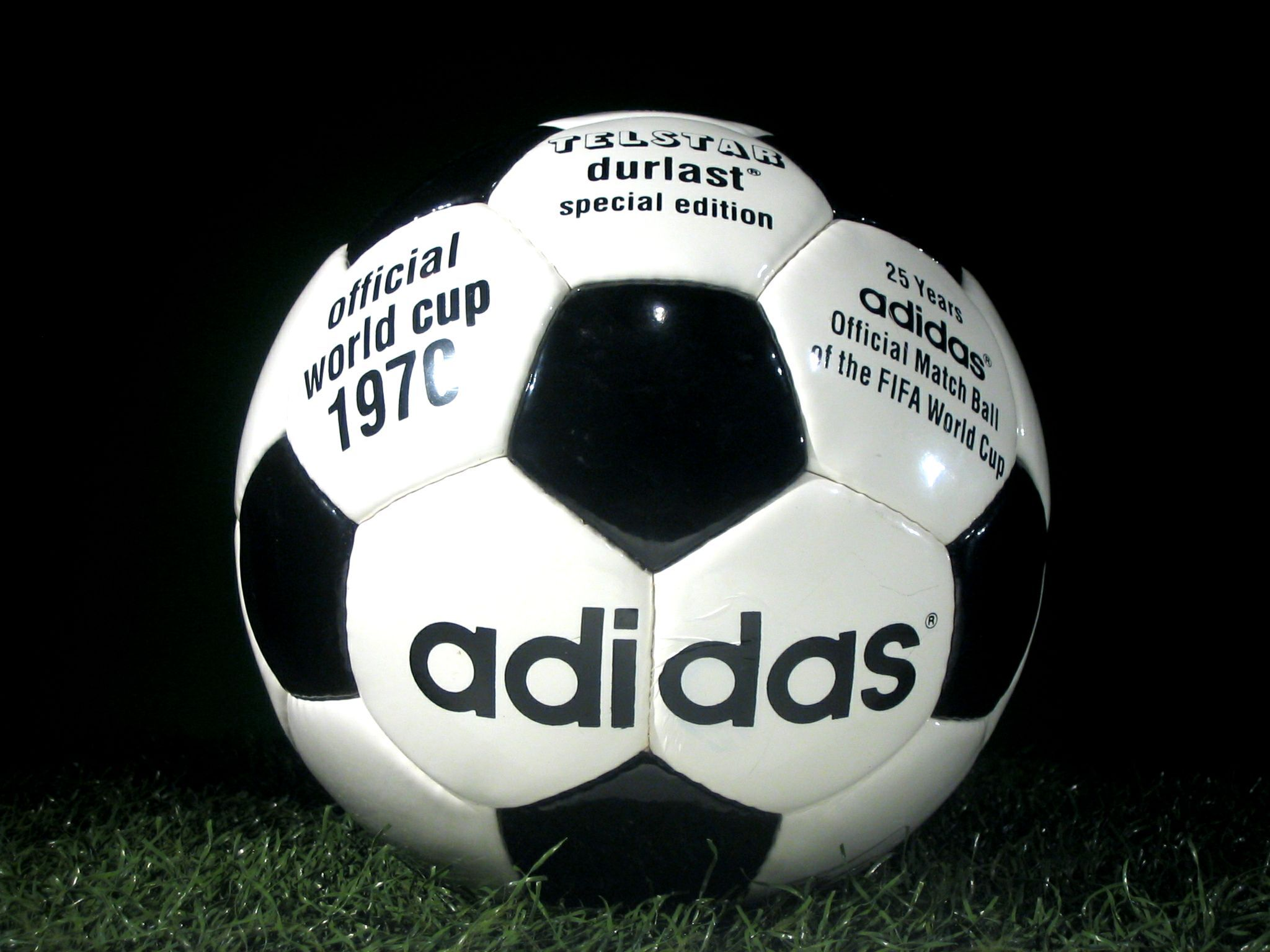 uk availability e9d38 0d531 adidas Telstar Durlast 1970 FIFA World Cup Mexico replica retro  reproduction ball soccer football special edition