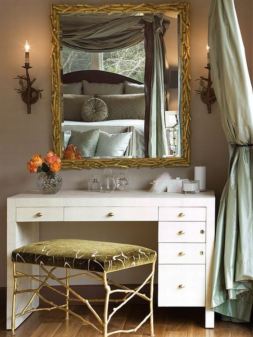 Love This Beautiful Antique Dresser And Mirror In Dressing Room In 2020 Dressing Table Design Modern Dressing Table Designs Bedroom Vanity Table