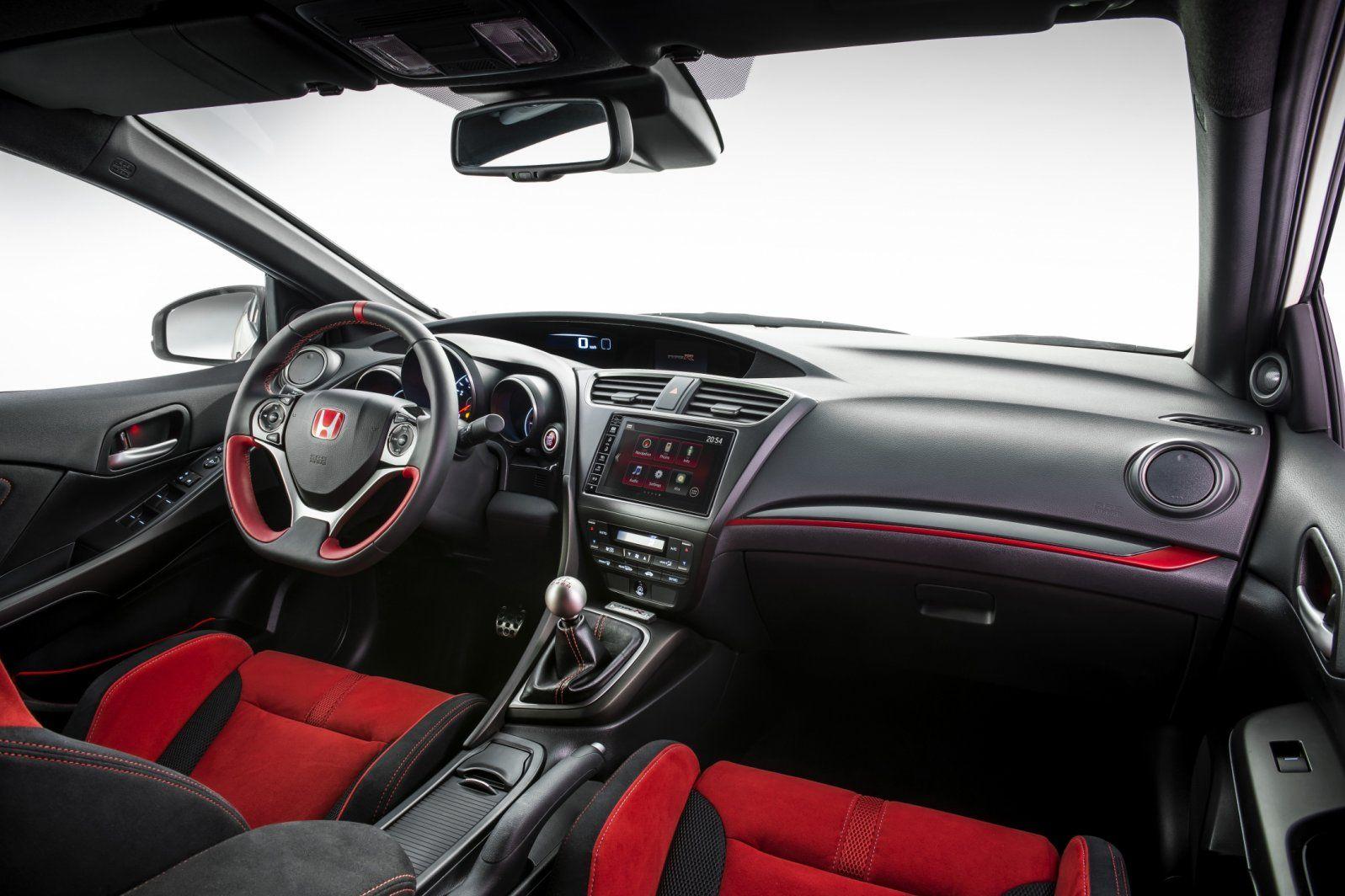 Honda breekt met Civic TypeR het Ringrecord en hangt er