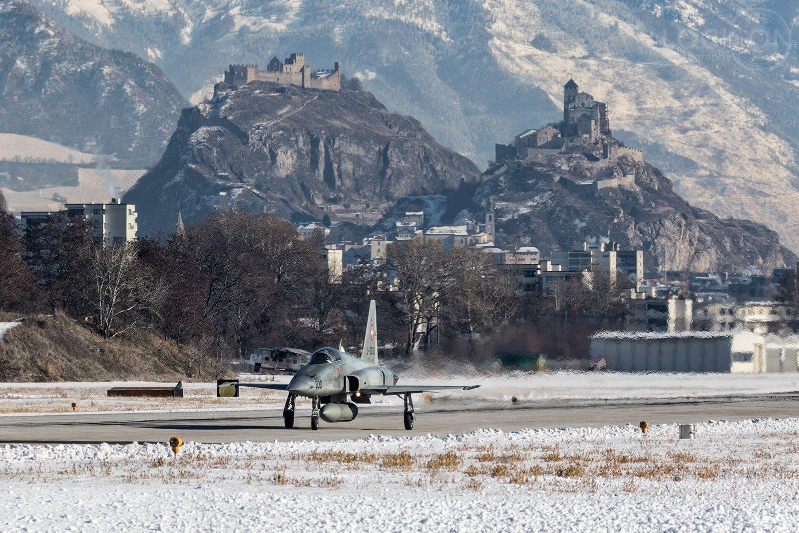 https://flic.kr/p/Rr9cnh   Base aérienne Sion   Sion, Switzerland