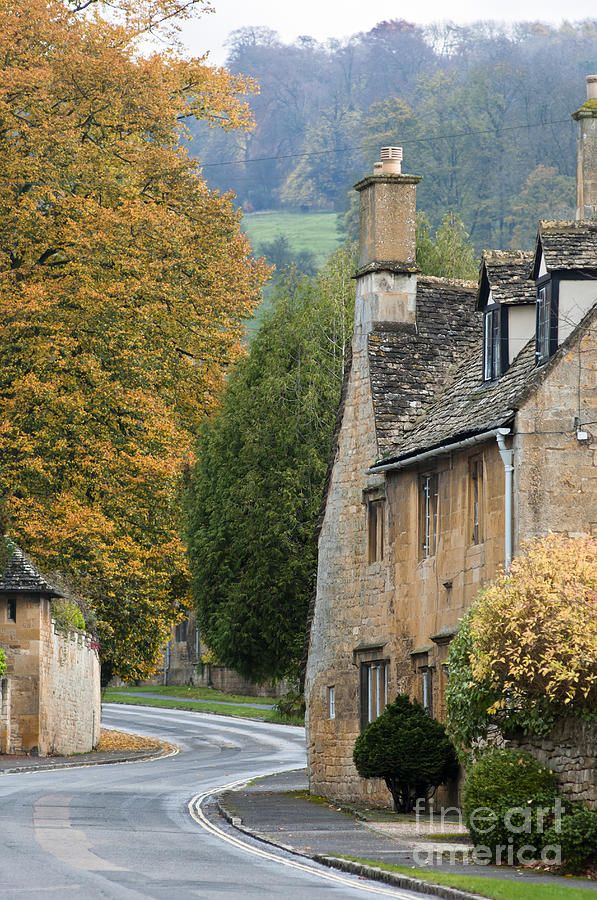 Winding road through the Cotswold village of Broadway, Worcestershire, England
