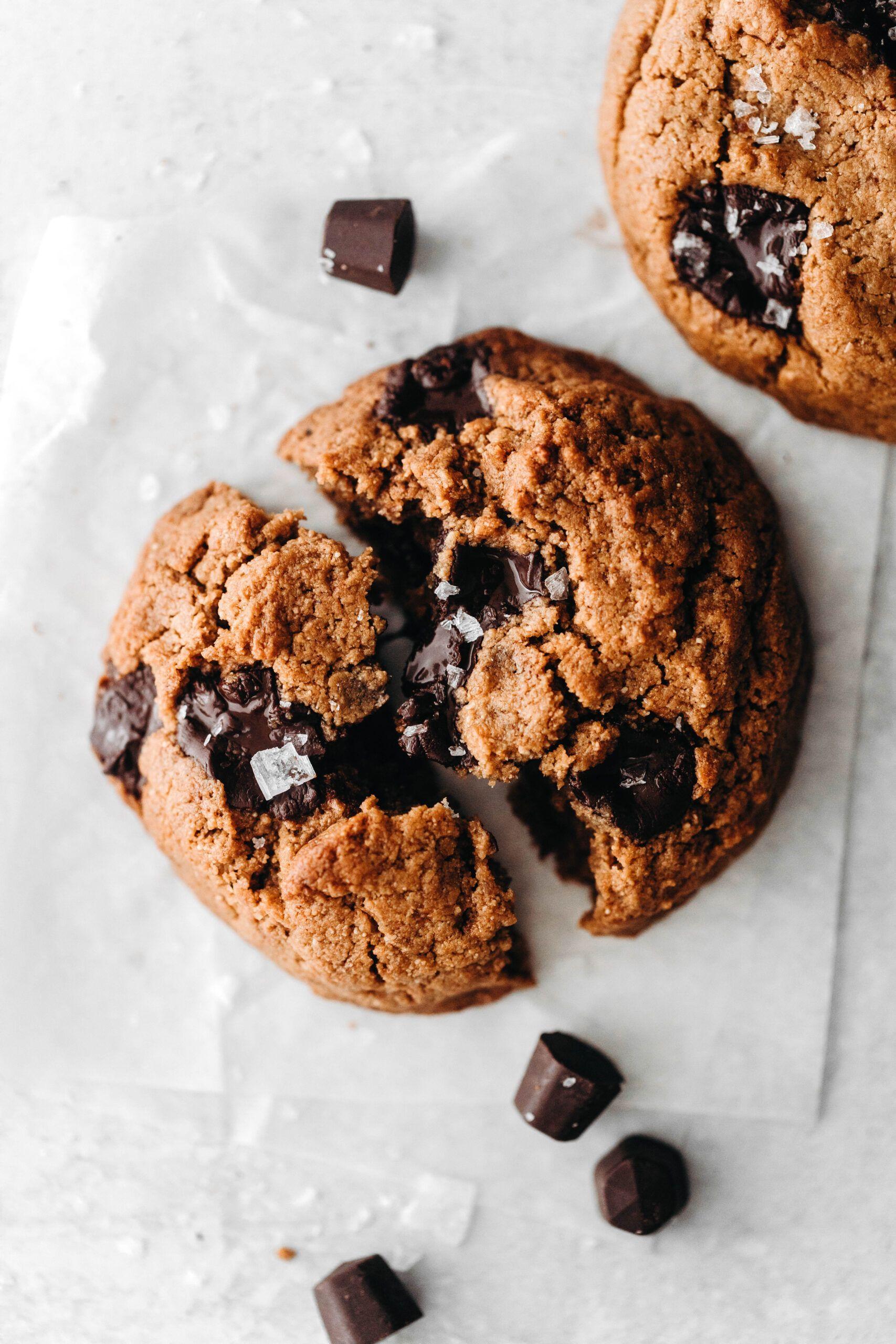 Thick Chewy Chocolate Chip Cookies Vegan Paleo Recipe Chewy Chocolate Chip Cookies Crispy Chocolate Chip Cookies Healthy Cookie Recipes