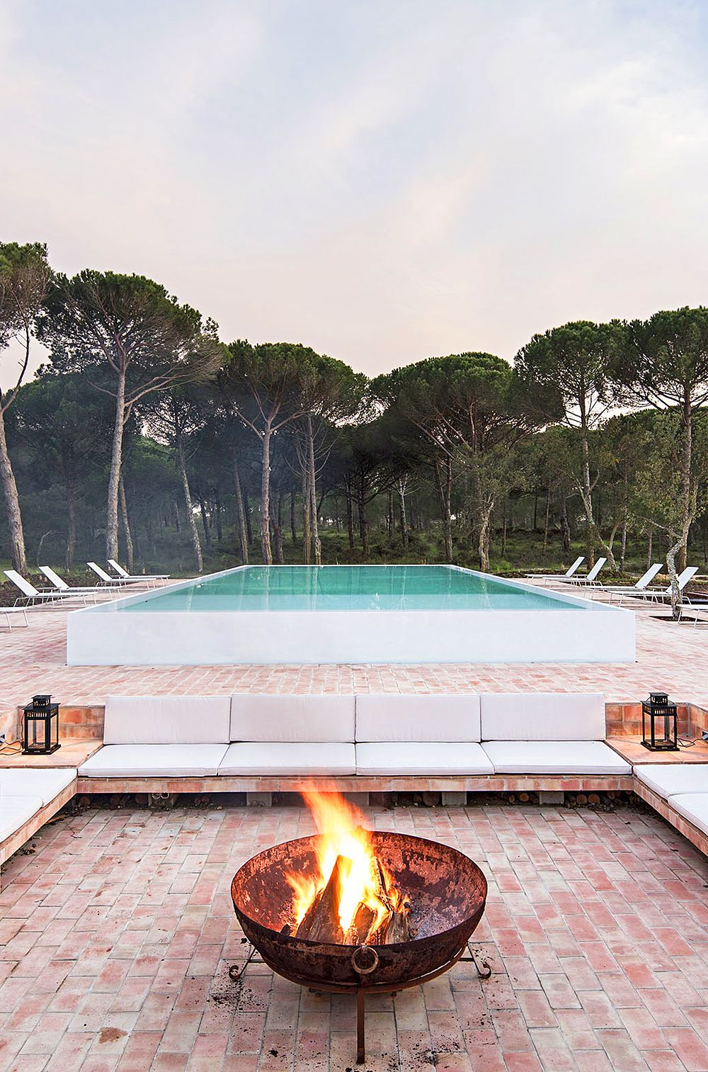 Sublime Comporta, Portugal. Contemporary country boutique hotel with spa and restaurant, near great beaches. #travel i-escape.com
