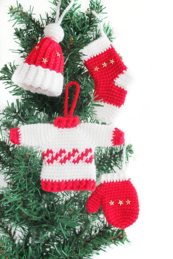 Christmas Tree Ornament Sets.Christmas Ornament Set Jumper Cap Sock Mitten Crochet