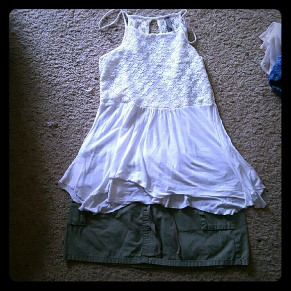 Tank top White lace on top flow on the bottom key hole in the back. Very cure summer top. Just don't wear anymore. jessie & j Tops Tank Tops