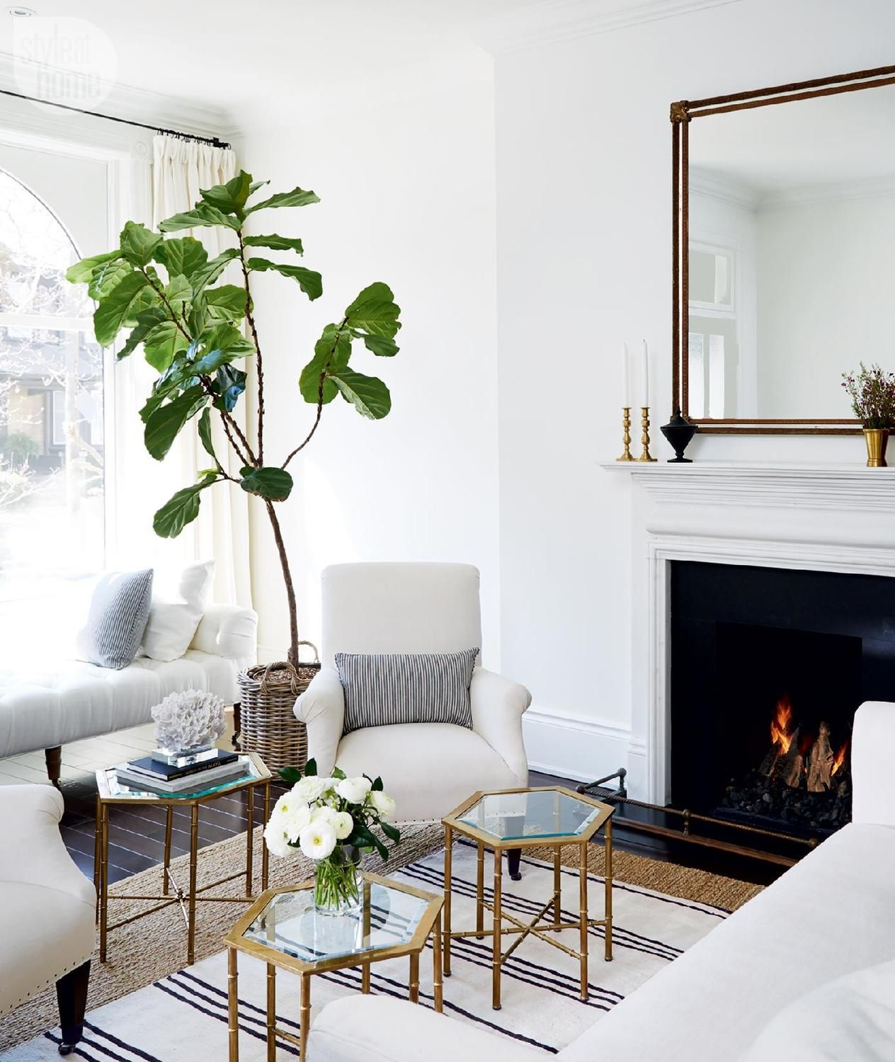 House tour: Charming Victorian rowhouse | House tours, A young and ...