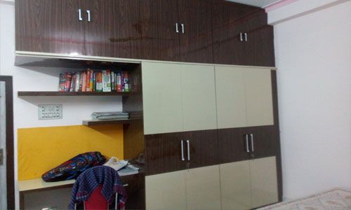 Bedroom Wardrobe Laminates Design Colors Combination Ideas