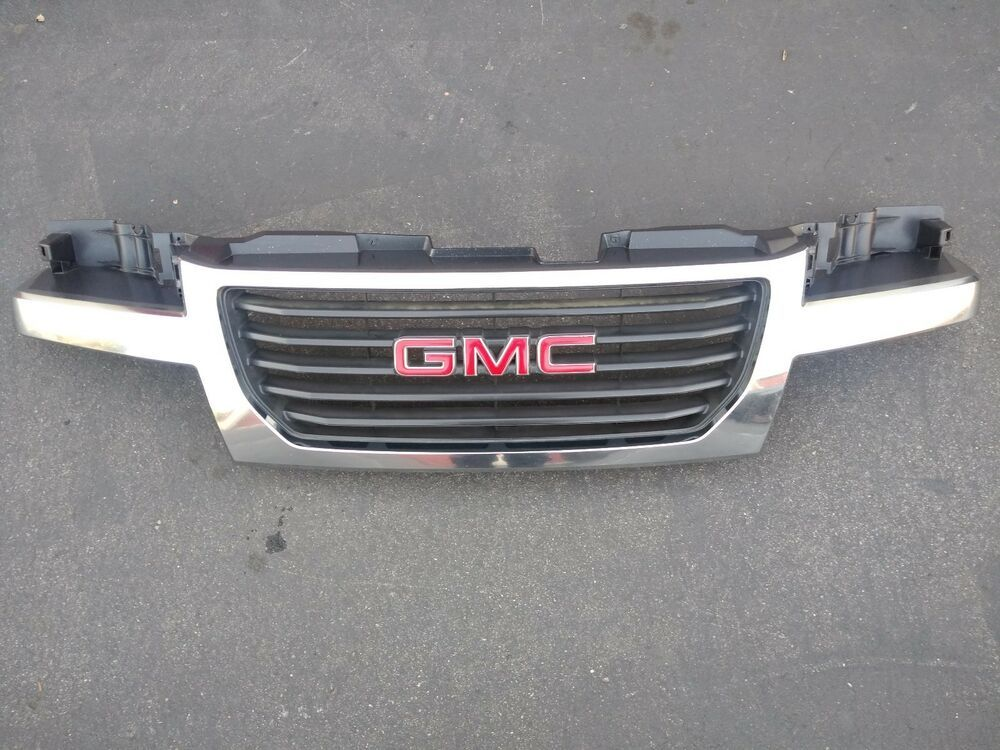 Front Grill For The 04 12 Gmc Canyon In Good Condition Minor Flaws Ebay Gmc Canyon Front Grill Gmc