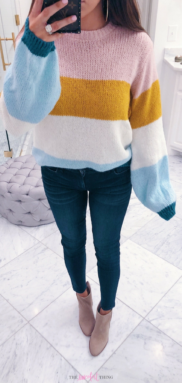 This Topshop Sweater is amazing! Love the colors. Casual outfit for everyday.Emily Ann Gemma, Nordstrom Anniversary Sale 2018. Perfect Outfit with items on sale. #Summer #spring #sale #nordstrom #EmilyGemma #TheSweetestThingBlog