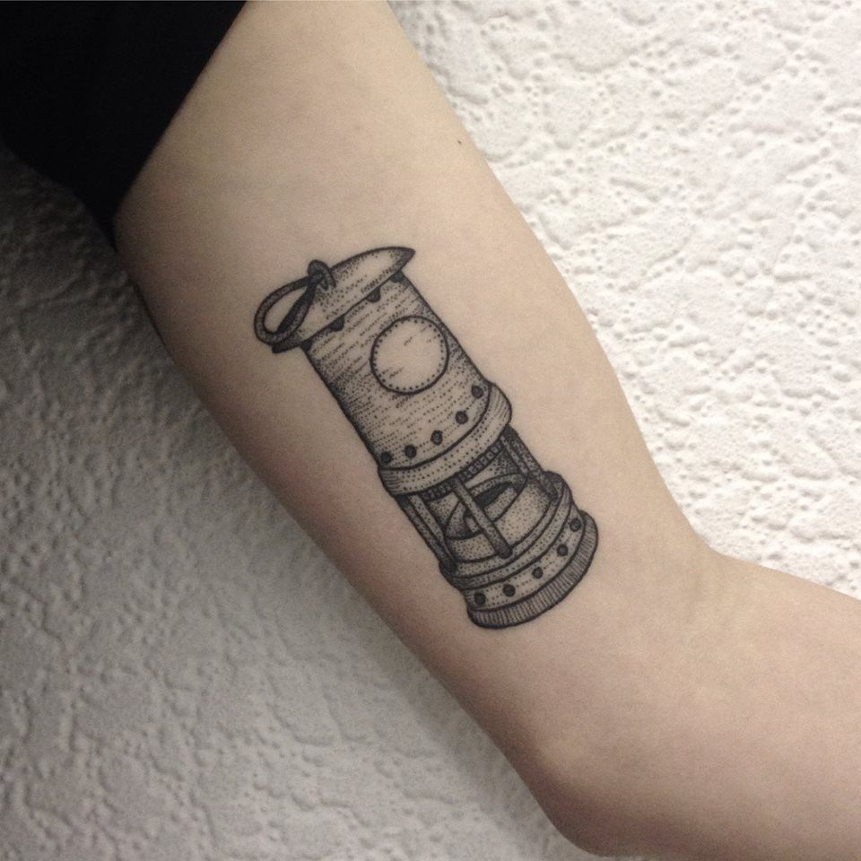 Mining Lamp Tattoo By Medusa Lou Tattoo Artist Medusaloux Outlook Com Lamp Tattoo Tattoos Tattoo Artists