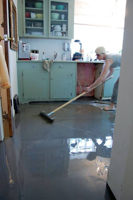 How to pour self levelling cement yourself kitchen floors cement i was terrified to pour self levelling cement over my kitchen floor but after reading a ton about it online i did it and it worked great tutorial here solutioingenieria Images