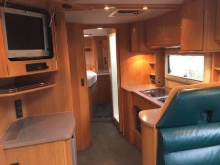 phoenix a 8800 sb kinderbett m glich in bielefeld heepen wohnmobile gebraucht kaufen. Black Bedroom Furniture Sets. Home Design Ideas