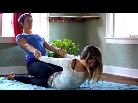thai massage therapy relaxing asian techniques  explains