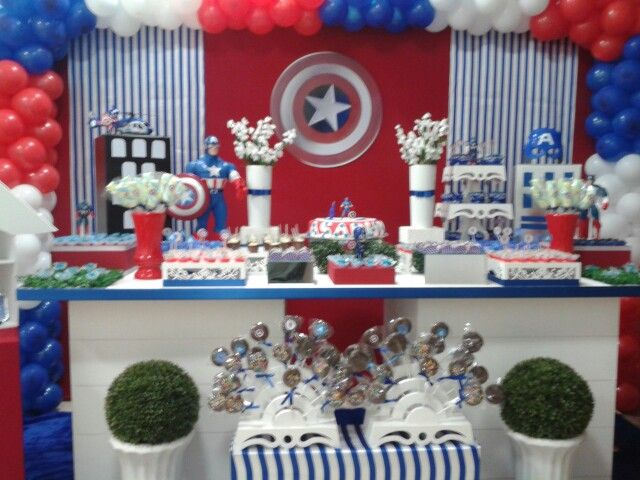 Decoração de aniversario, tema: Capitão América, fone:(62)9215-7327//3597-3590, Arlete decoradora.