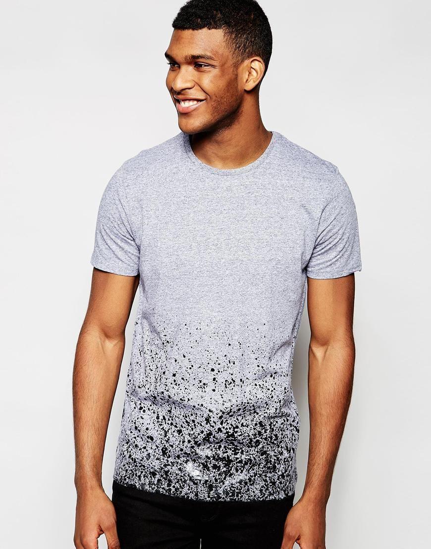 Camiseta con estampado difuminado de River Island at asos.com