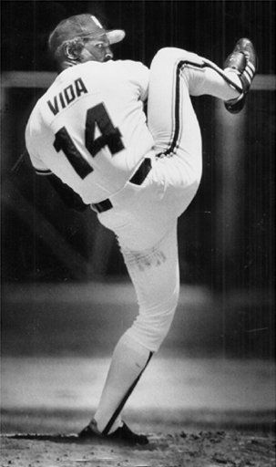 Never considered myself to have idols growing up but I did have a picture of Vida Blue on my bulletin board.  Even tried to model my pitching windup after his.