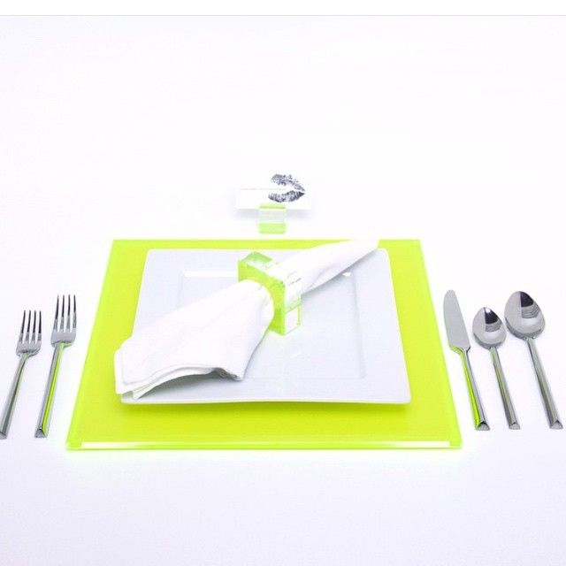Lime it up! #avfhome #placemat #napkinring #placecard holder