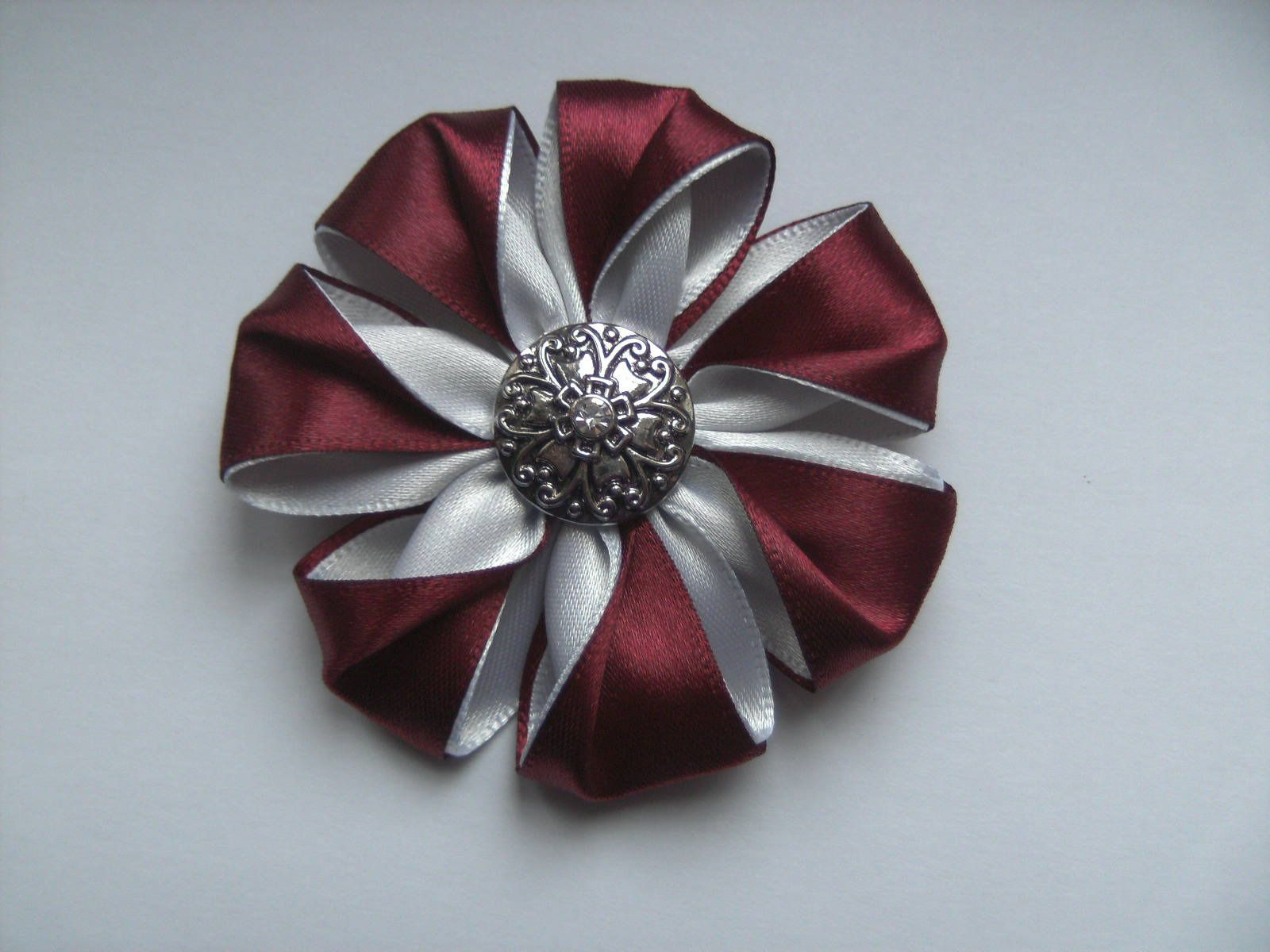 broche bijou fleur style kanzashi ruban satin broche. Black Bedroom Furniture Sets. Home Design Ideas