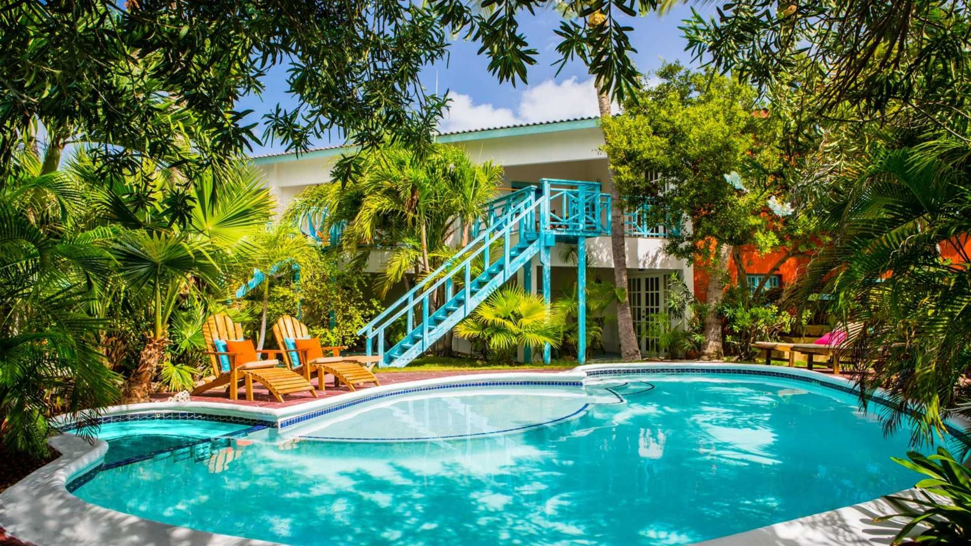 Boardwalk, Small Hotel Aruba - Palm Beach - Aruba | Wonderland ...