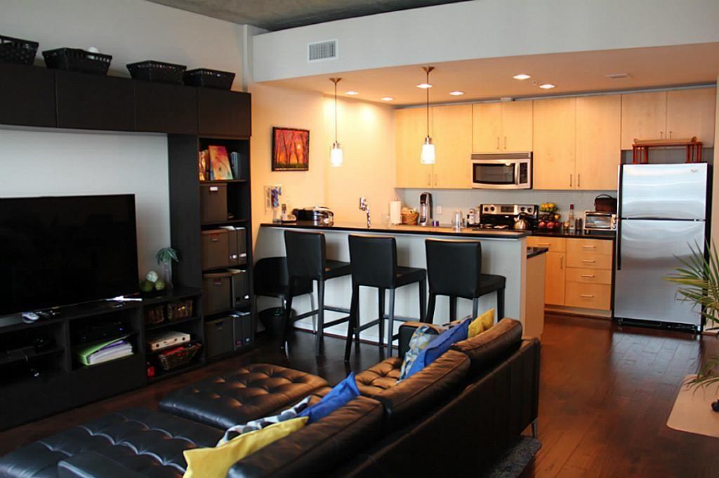 5925 Almeda Rd 11804 Houston Tx 77004 Home Mosaic House Home Values