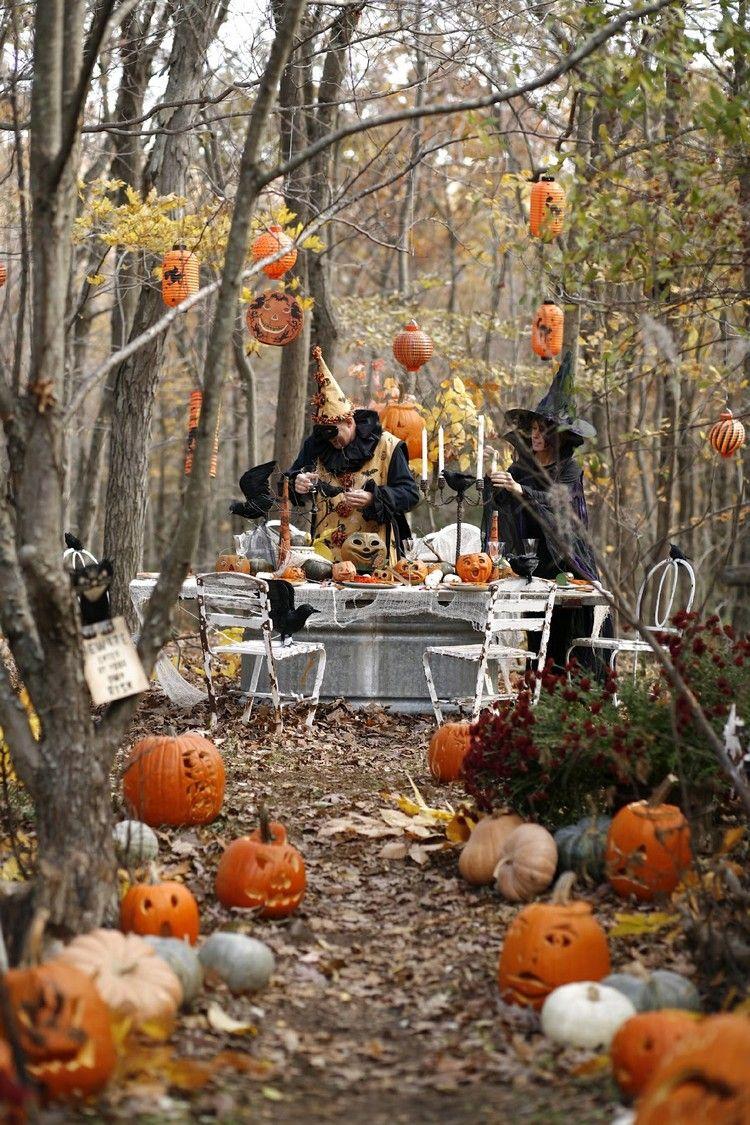 Halloween Kurbisse Entlang Dem Garten Gehweg Selbermachen