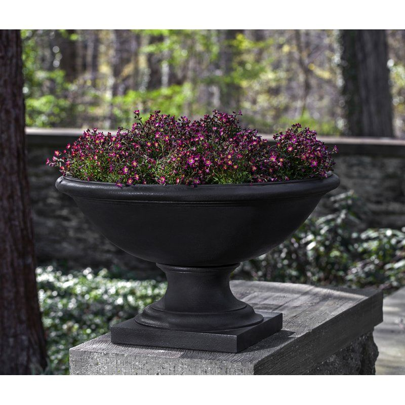 Savannah Cast Stone Urn Planter With Images Urn Planters Stone Planters Cast Stone