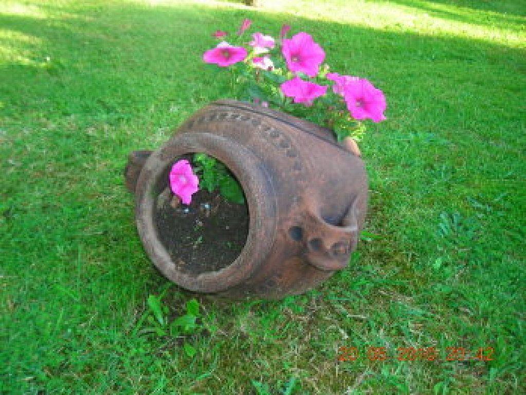 Tinajas antiguas para la decoraci n de tu jard n for Decoracion de jardin con ollas de barro