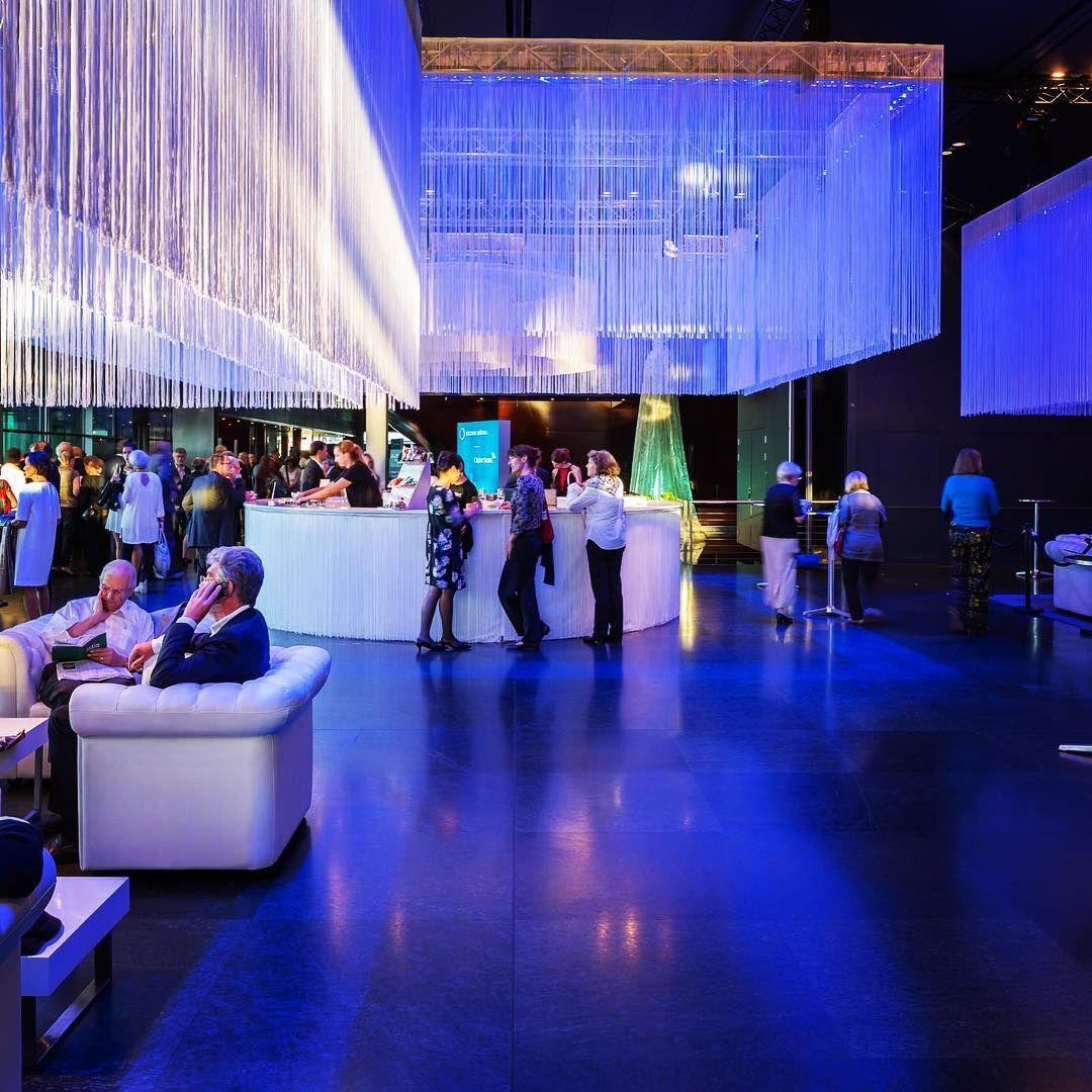 Von Uns Gebaut Die Neue Bar Im Kkl Luzern Lucerne Gastrobau Schreinerei Portmann Meier Architektur Design Interior Ladenbau Bau Restaurant