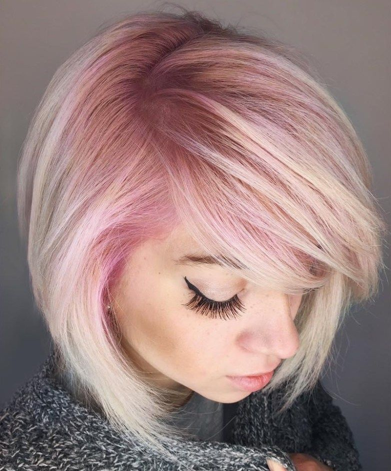 40 Chic Angled Bob Haircuts In 2020 Pink Blonde Hair Blonde