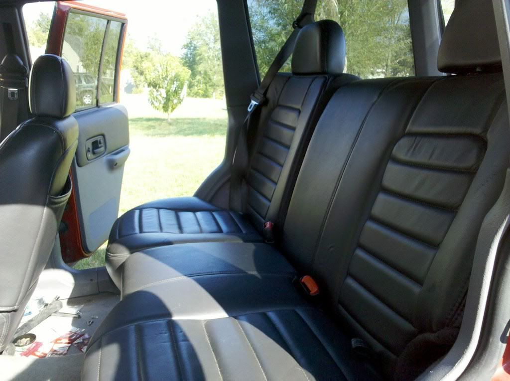 Zj Seat Install Front And Rear Write Up And Pics Naxja Forums North American Xj