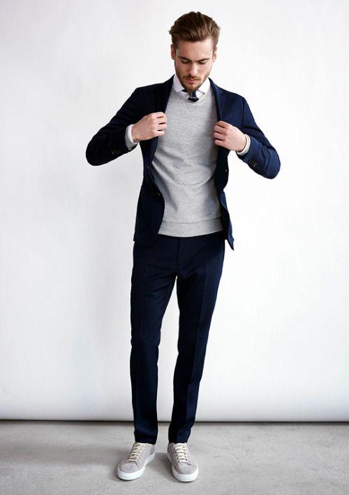 Pantalon Et Veste Bleu Pull Et Chaussures Gris Chemise Blanche
