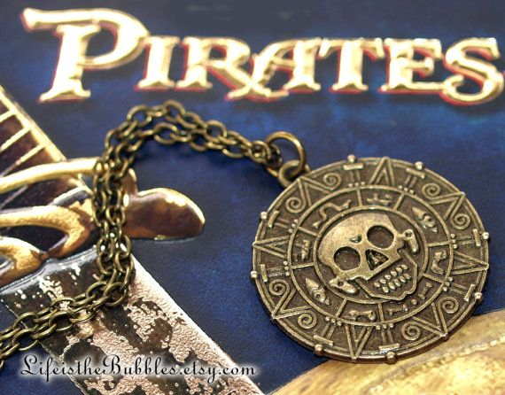 Pirates of the Caribbean Aztec Medallion door LifeistheBubbles, $10.00