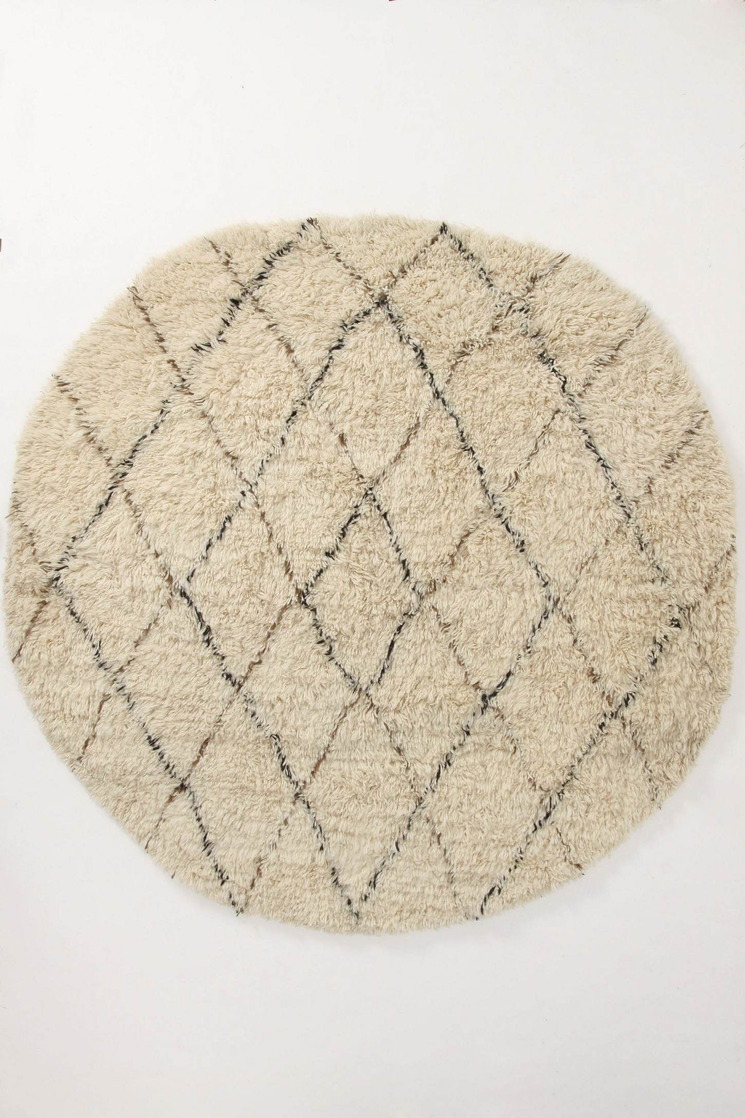 Flokati Diamonds Rug Round Online Exclusive Style 22514178 Write A Review Be The First To Write A Review 798 00 1 998 Diamond Rugs Rugs Flokati Rug