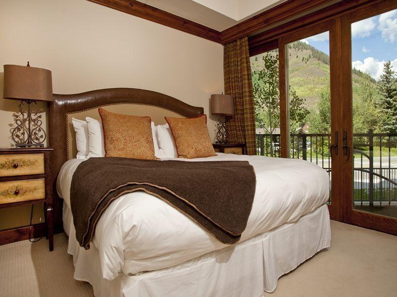 Unrivaled 2 Bedroom Cabin Rental in 2020 Cabin rentals
