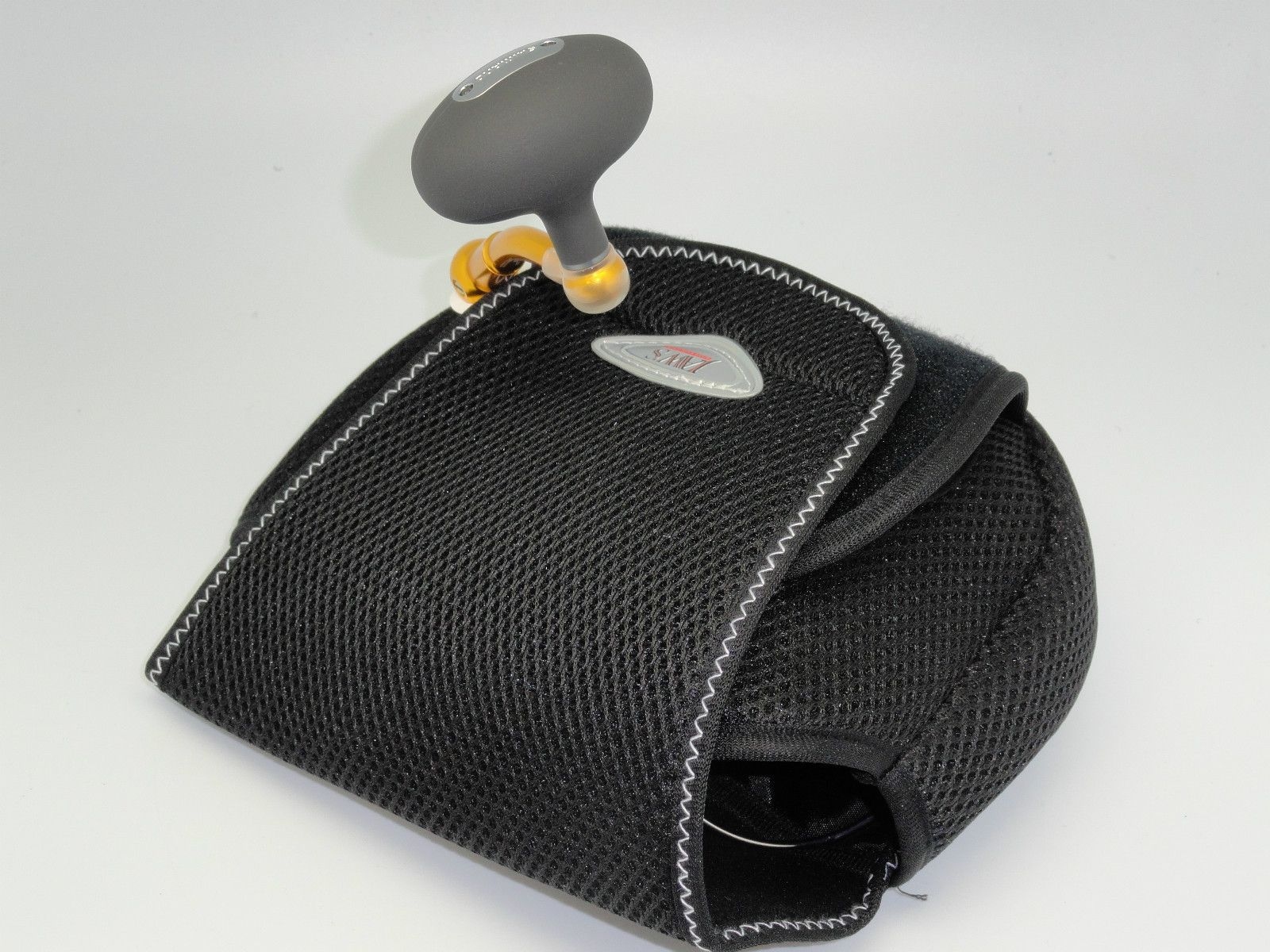 Jaws Spinning Reel Pouch   Jaws Spinning Reel Cover Pouch
