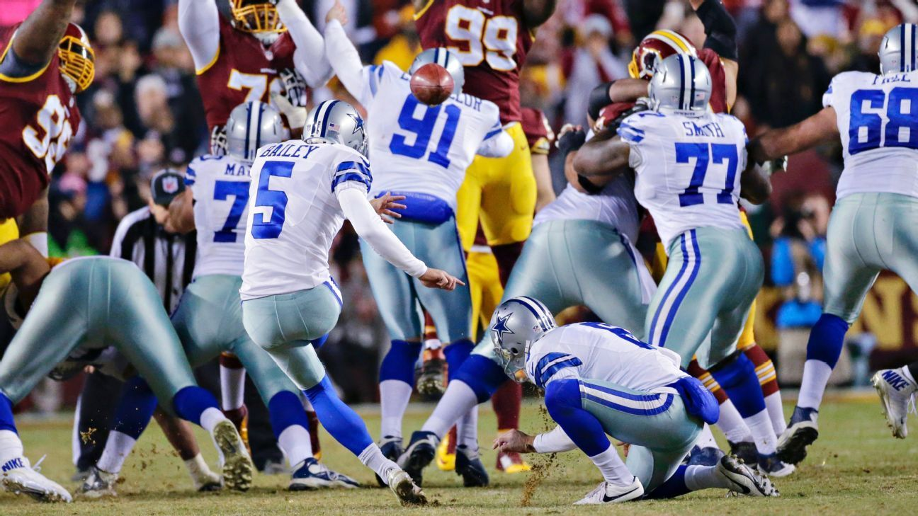 Dan Bailey's 54-yard field goal with nine seconds left gave the Dallas Cowboys a 19-16 win over the Washington Redskins and kept playoff hopes alive.