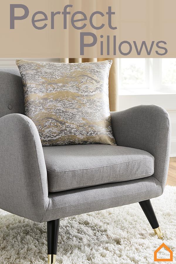 Add The Perfect Pillows To Your Bed Sofa Or Accent Chair Throw Pillows Can Accentuate The Color Of Yo Mobilier De Salon Contemporain Meuble Mobilier De Salon