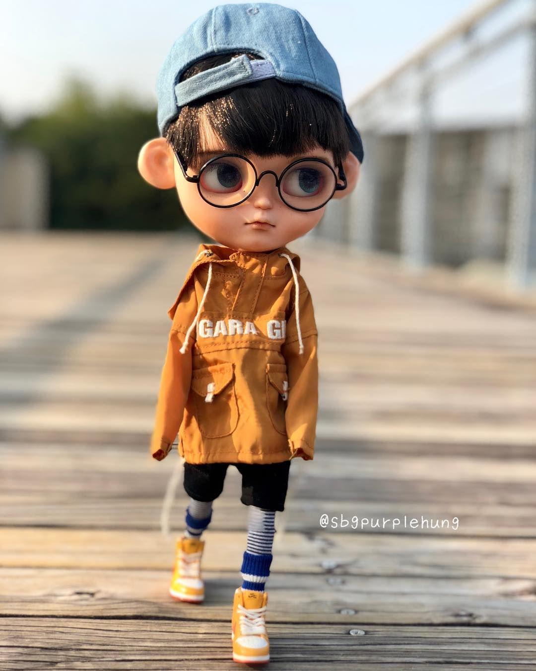 H Eikona Isws Periexei Ena H Perissotera Atoma Atoma Stekontai Paidi Kai Ypai8ries Drasthriothte Cute Cartoon Boy Baby Cartoon Drawing Cute Cartoon Pictures