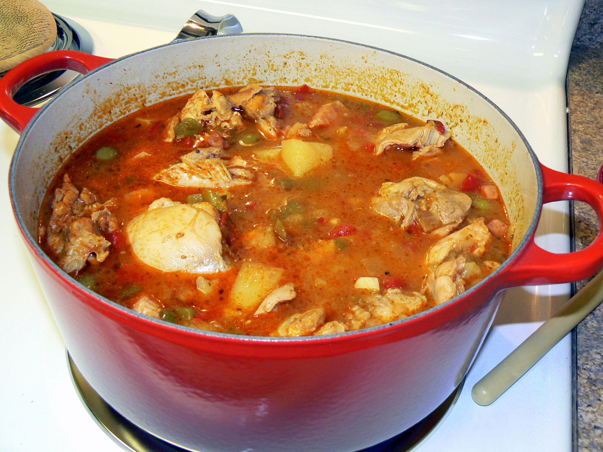 Arroz con pollo caribbean rice with chicken puerto rican foods arroz con pollo caribbean rice with chicken forumfinder Image collections