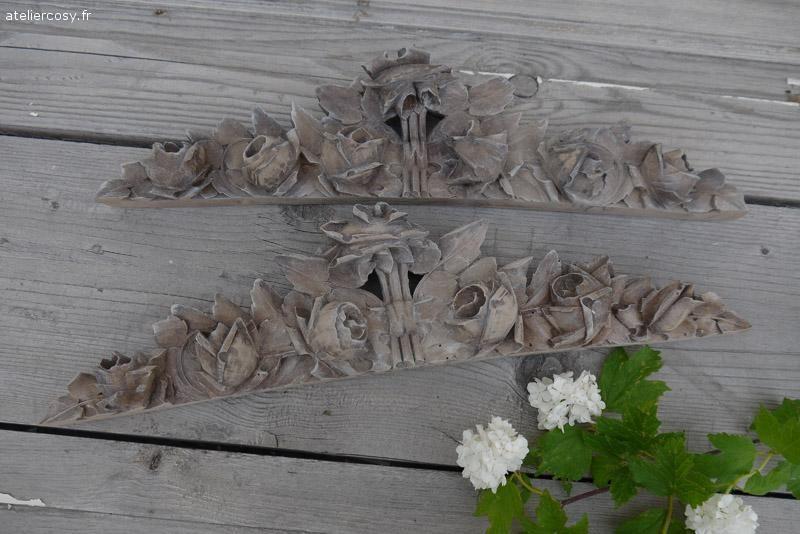 Boiseries , frontons anciens bois sculpté de roses Brocante de