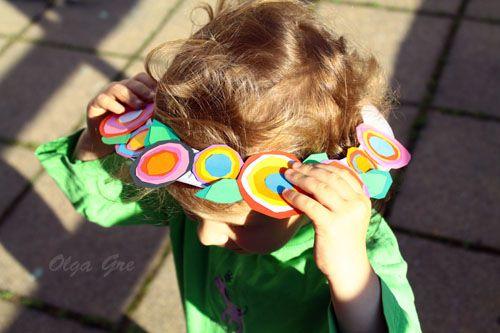Поделки с детьми. Шляпа с цветами из тарелки своими руками.