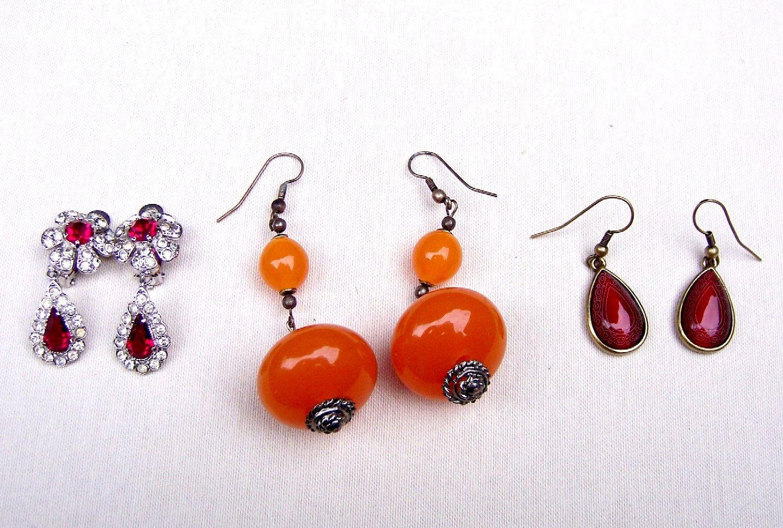 3 Pair Vintage Dangle Earrings Pierced Earrings By Elrondsemporium