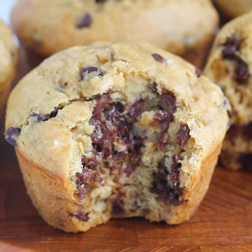 Chocolate Chip Vegan Muffins | ONE BOWL!