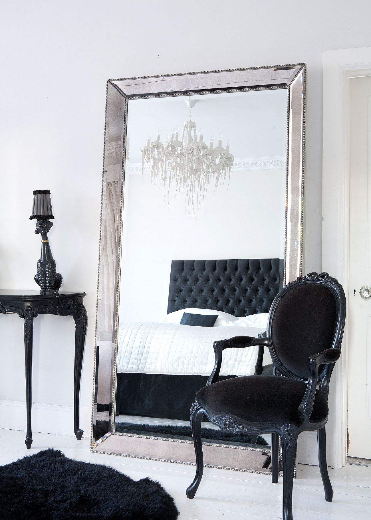 Love This For The Spare Bedroom! I Love The Large Mirror And The Black Bold  Furniture Really Stand Out! This Would Be Great For Trying On Clothes! Oh  And ...