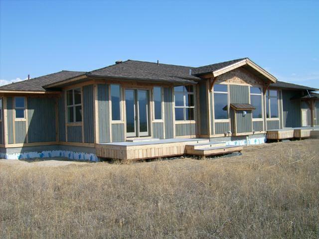 Modern Ranch Style Home http://livinais.com/window-styles-
