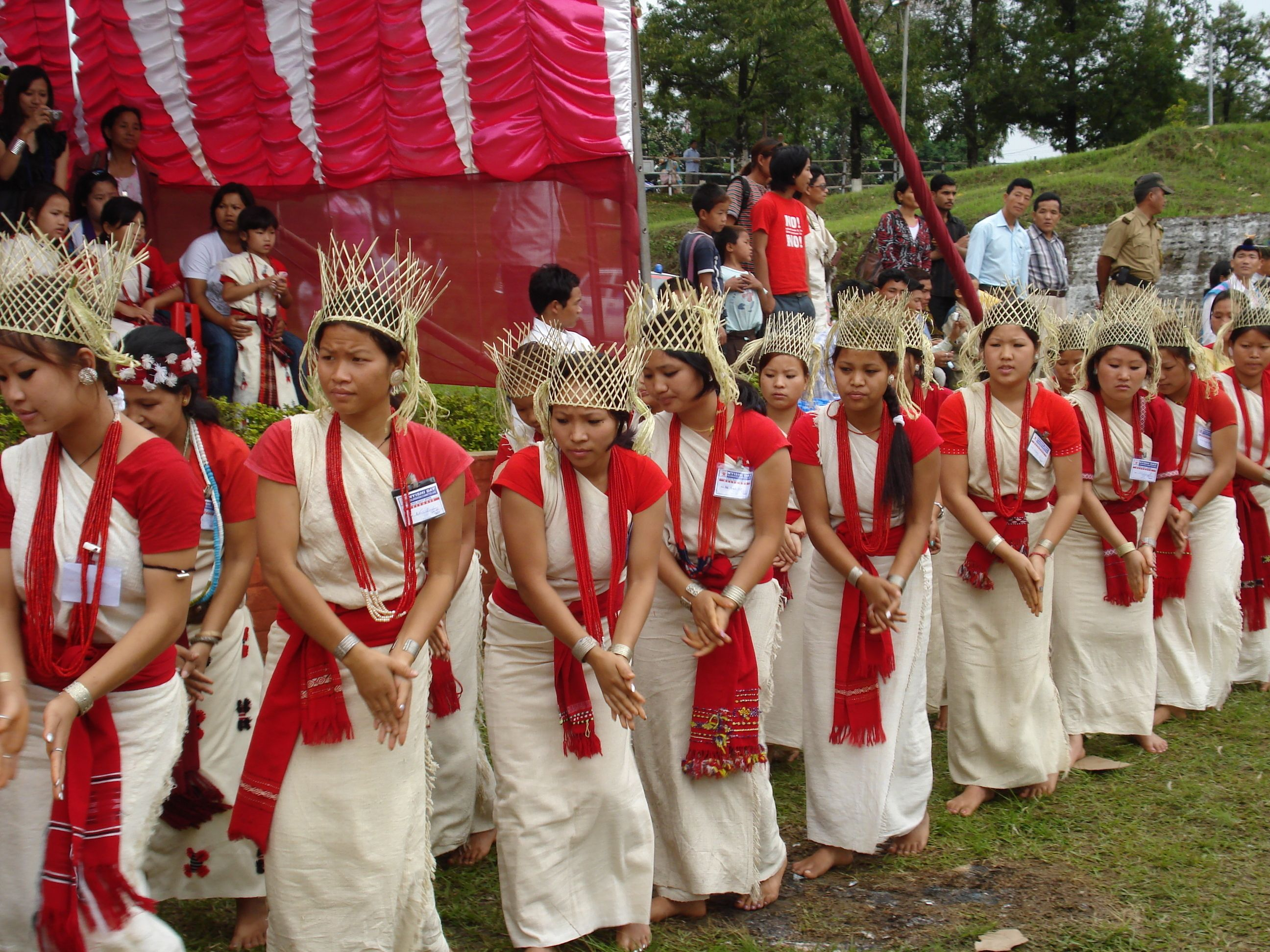 Exotic Tribes Of The World   DANCE OF NISHI NYSHI TRIBES ...