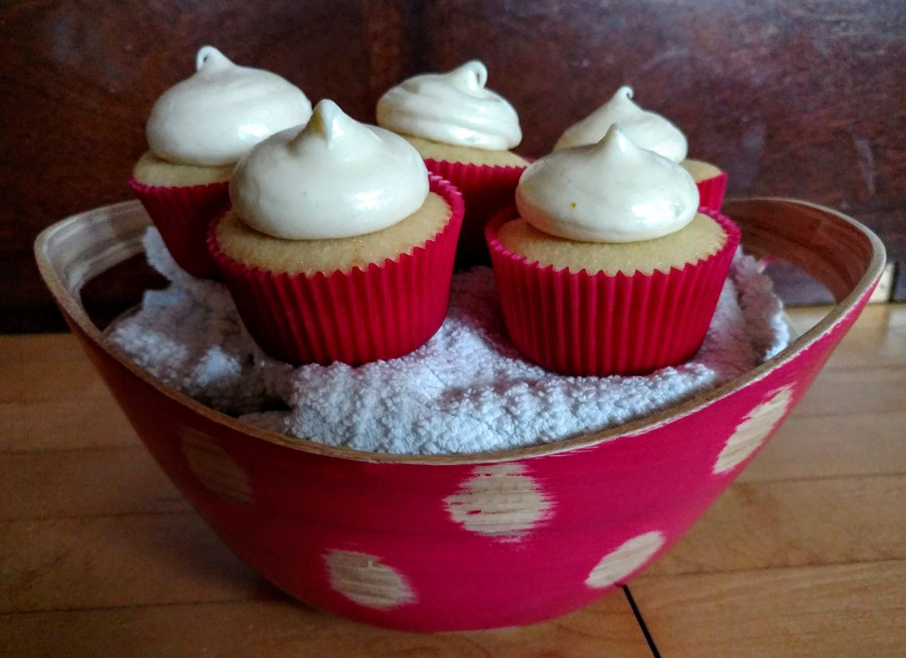 Witbier Cupcakes With Orange Cream Cheese Frosting Cream Cheese Frosting Cupcake Flavors Frosting