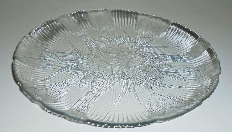 Vintage Platter Clear Glass Canterbury Arcoroc Floral Crocus Serving Platter Large Round Glass Tray Dessert Tray Cake Plate Clear Glass Plates Clear Glass Platters
