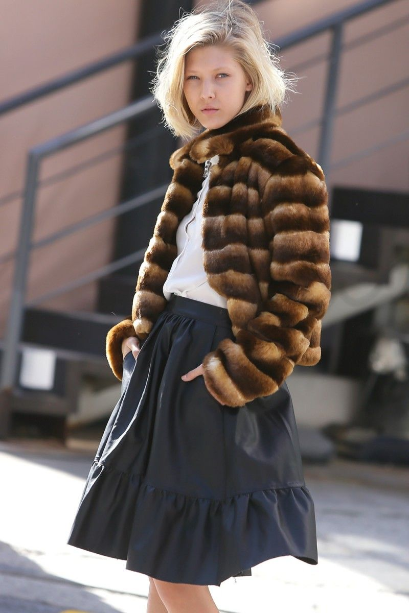 <p>*Product Specification : Length(S) :51cm (20in)<br />No animal harmed faux fur coat made by storets<br />Exclusive to storets.com<br />Made in Korea<br><br>* Buyer's Tip : I'm 5'6