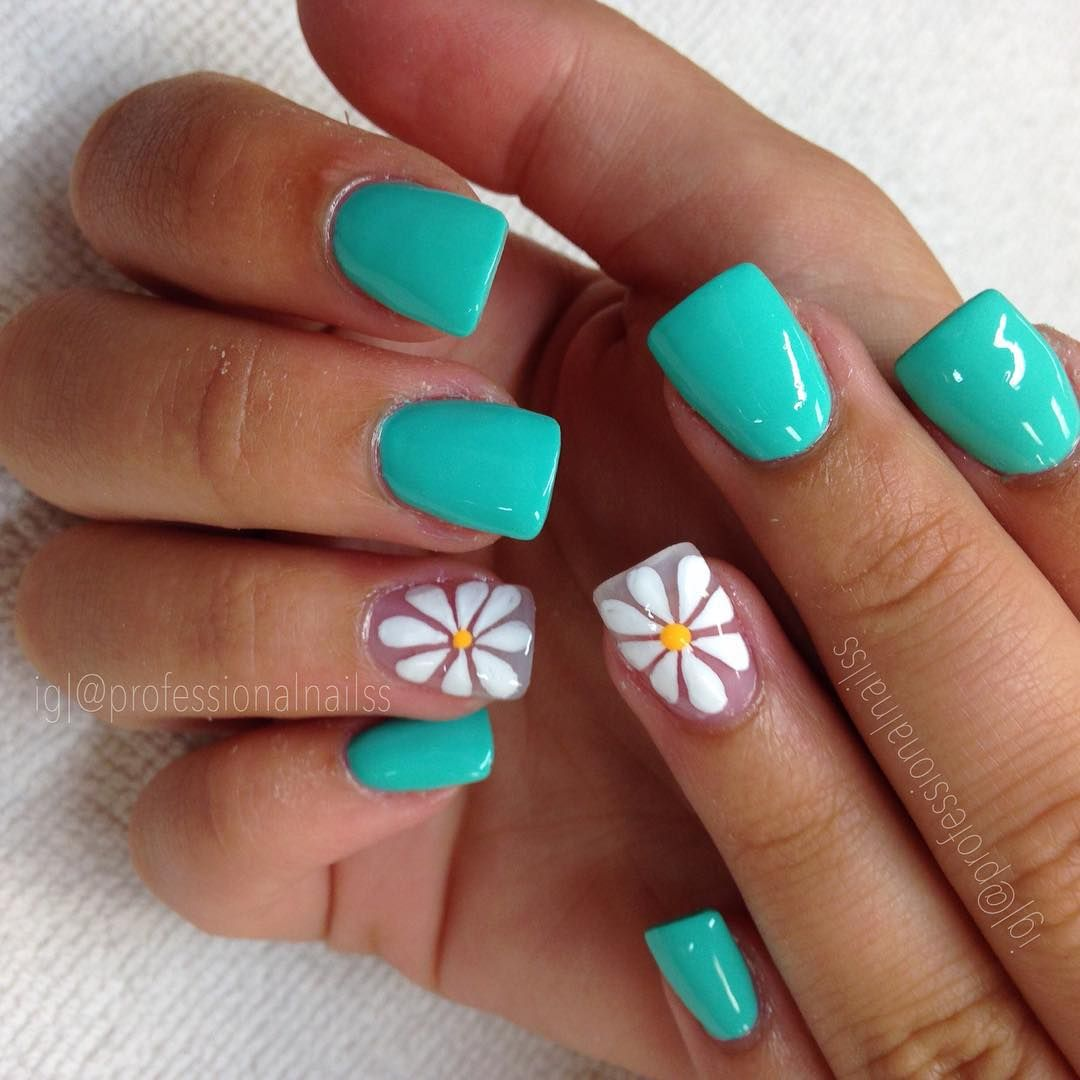 "on Instagram: ""Teal my heart with these flowers 😍"". Teal Nail DesignsSummer  ... - Pin By Amber Whitaker On Cute Nails (; Pinterest Teal, Flower"